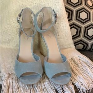 NEW IN BOX, Seychelles light blue suede wedges